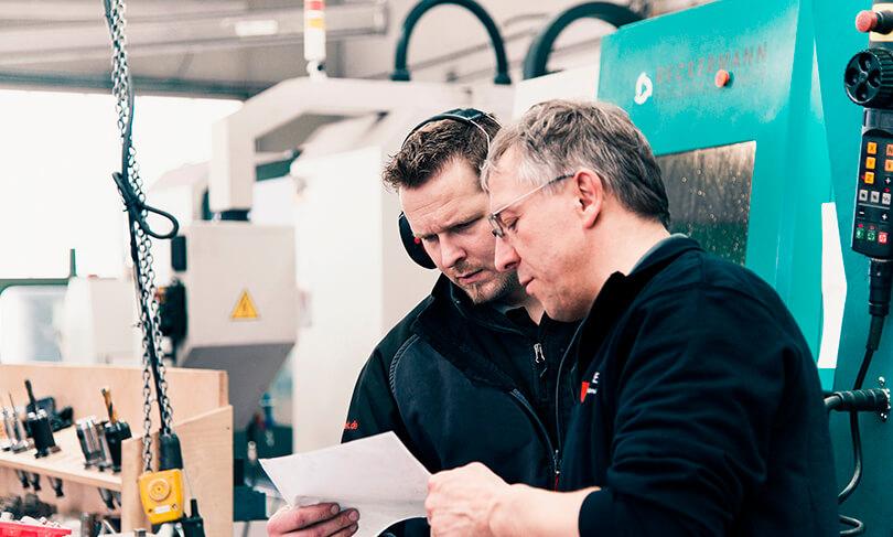Foto-Komposition-MEMATEK GmbH erstellt von der Werbeagentur David Bock Marketing und Design aus Attendorn - Südwestfalen