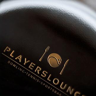 produziert von der Agentur David Bock Marketing und Design, ein Projektbeispiel für Corporate Design Players Lounge aus Finnentrop