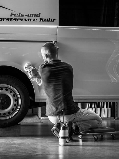 Redesign der Internetseite für das Unternehmen Chr. Höver und Sohn | Traditionelle Schmiedetechnik im Einklang mit der Moderne - Eine visuelle Umsetzung der Agentur David Bock Marketing & Design - Mit einem Klick sehen Sie mehr!