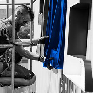 Designupdate der Internetseite für das Unternehmen Chr. Höver und Sohn | Traditionelle Schmiedetechnik im Einklang mit der Moderne - Eine visuelle Umsetzung der Agentur David Bock Marketing & Design - Mit einem Klick sehen Sie mehr!