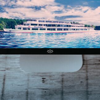 Die LUX-Werft betreibt die Personenschifffahrt auf dem Biggesee. Da wir gerne mit unserer Arbeit regionale Unternehmen unterstützen, haben wir im Zuge der Zusammenarbeit, die Internetseite modernisiert und mit fotografischen Arbeiten einen frischen Charakter gegeben.